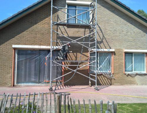 Gevelreiniging en dakcoating in Hoek